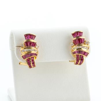 Ohrstecker (750er Gold) mit Diamanten und Rubinen