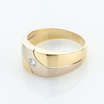 Mens ring (18k gold) with a diamond